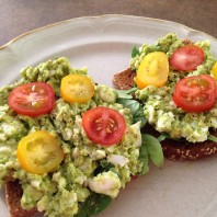 Simple Avocado & Egg Toast