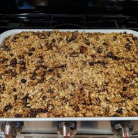 Simple Apple Cinnamon Granola