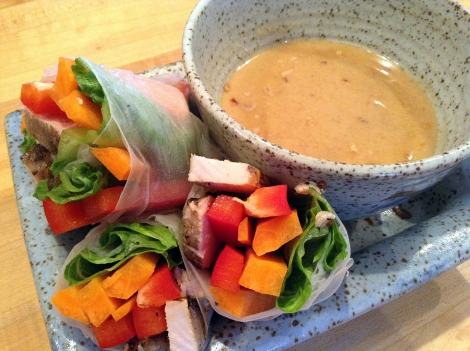 Chicken & Veggie Rice Paper Rolls With Peanut Sauce